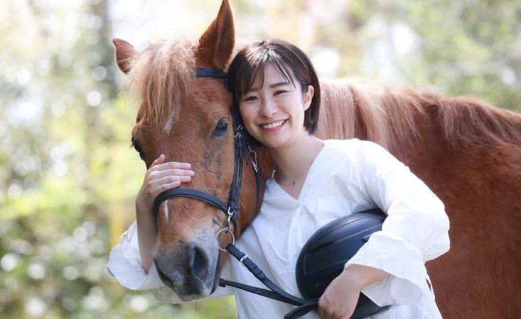 Vet injured while treating horse backs safety helmet campaign